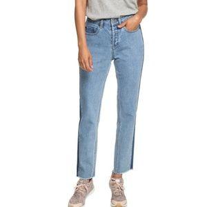 Roxy Cloudy Days Boyfriend Fit Jeans NWT!